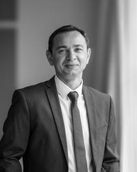 Andre Van Ster, estate agent